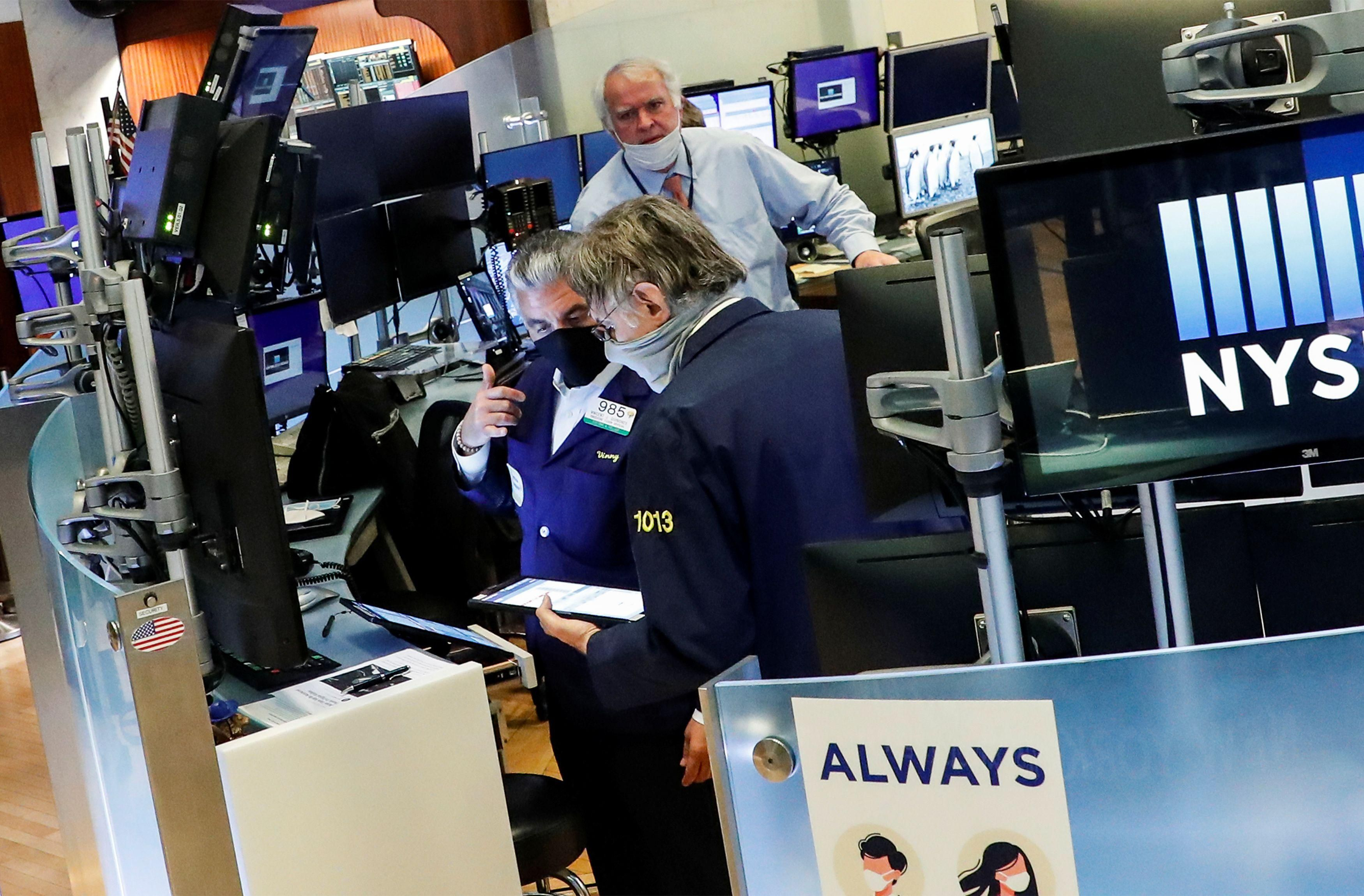 Investors eye economic data, stimulus measures as stocks