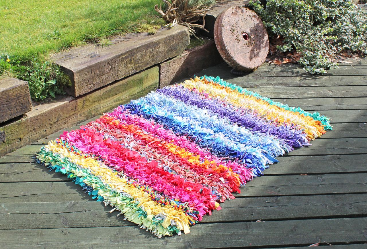 Soft And Springy Shaggy Rag Rug Made