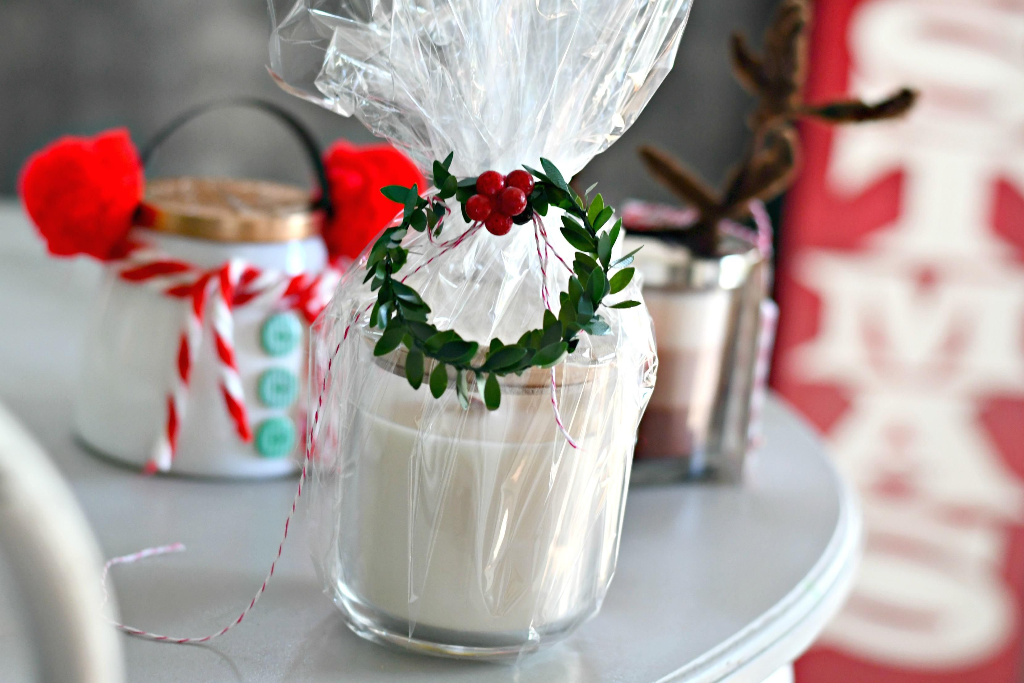 Easy Diy Christmas Candle Gift Ideas Cellophane Wrapping Example Gift Wrapping Candles Candle Gift Diy Candle Gift