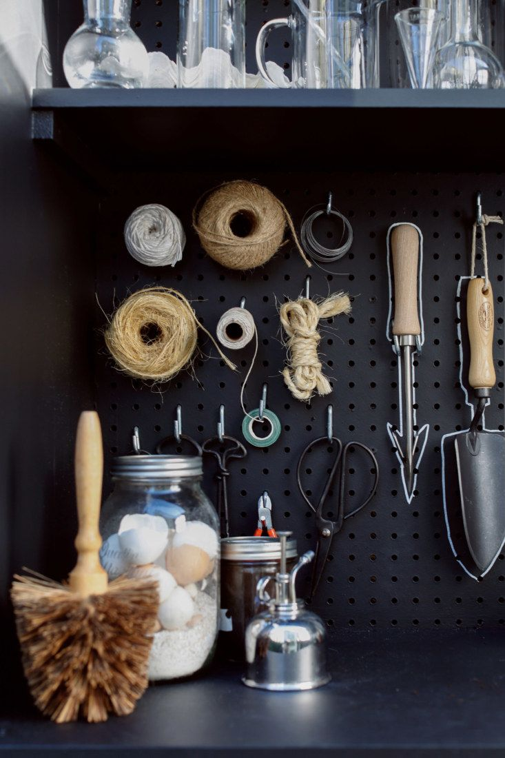 A New Use for Chalkboard Paint: Toolshed Makeover, Garden Edition - Remodelista