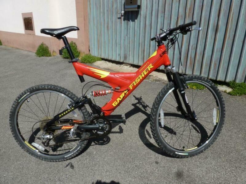 Fahrrad Fast Neuwertig Mit Minimalen Gebrauchsspuren An Lenker Und