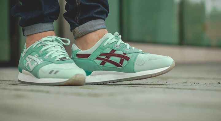 430f9dd97dc1 On foot look at the ASICS x HAL Gel-Lyte III Pale Aqua. Available