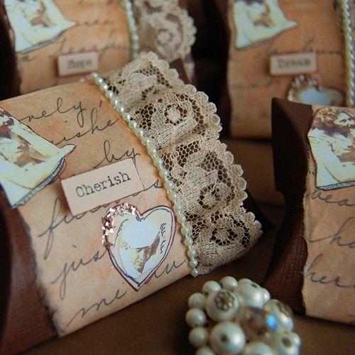 Vintage wedding favour boxes lahaven  Vintage wedding favour boxes  Vintage wedding favour boxes