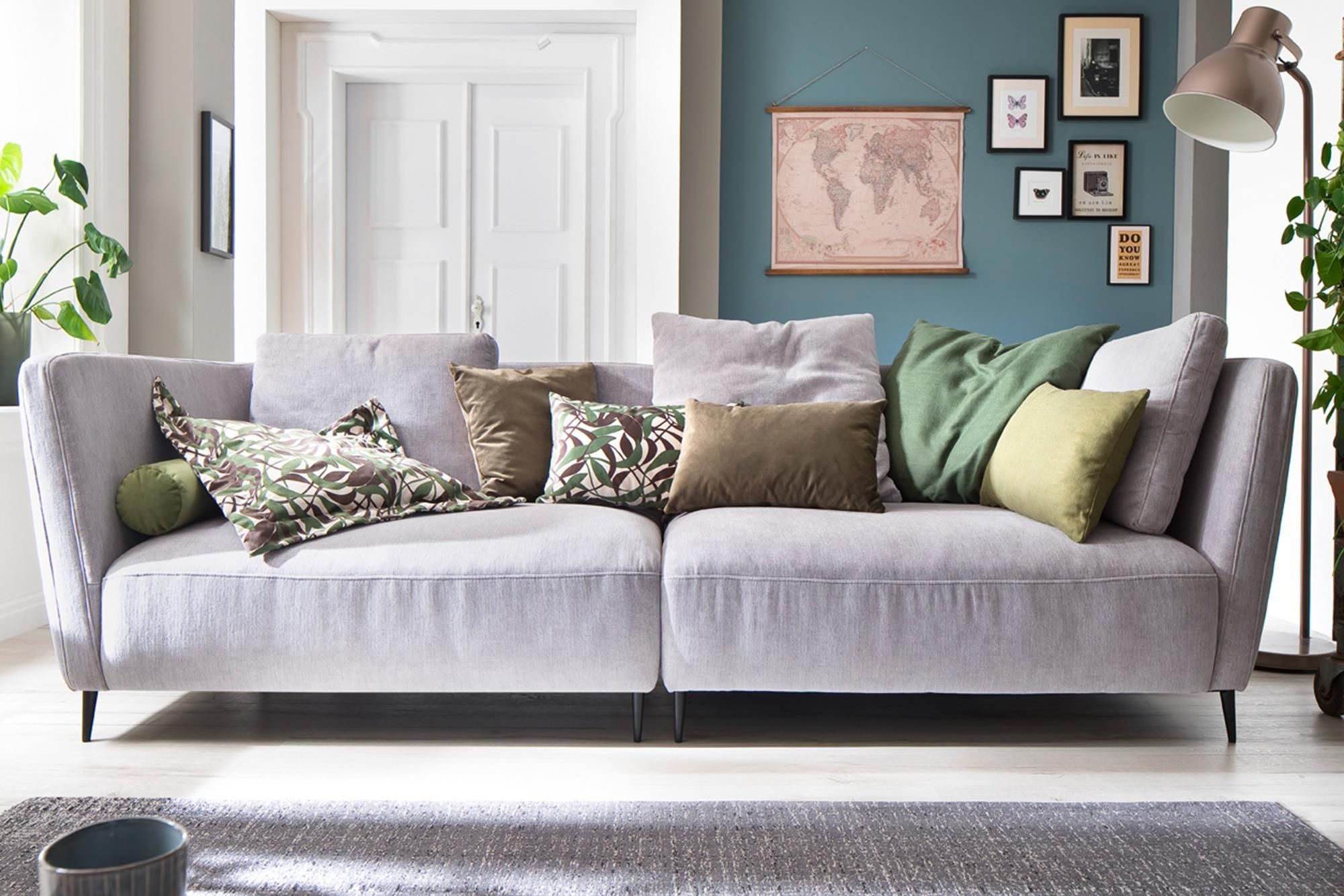 Besonders Modern Und Trendy Ist Das Big Sofa Cascara Von Candy Es Bietet Ihnen Mit Einer Sitztiefe Von 102cm Viel Pla Grosse Sofas Gunstige Sofas Big Sofa Grau