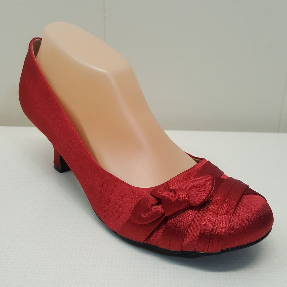 Jellypop Angel 10m Red Shoes Kitten Heels Shiny Tie Knot Bow Formal Party Jellypop Pumpsclassics Eveningparty Heels Red Shoes Heels Kitten Heel Shoes