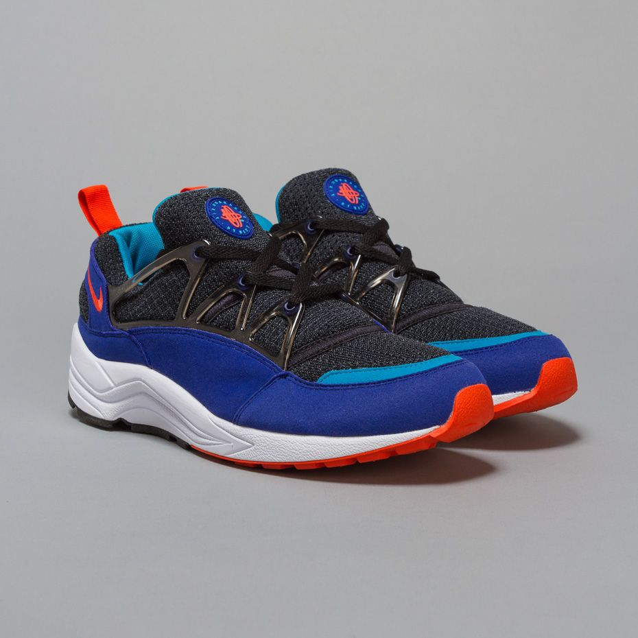 60c72d64b9a4 Nike Air Huarache Light in Concord   Team Orange   Black