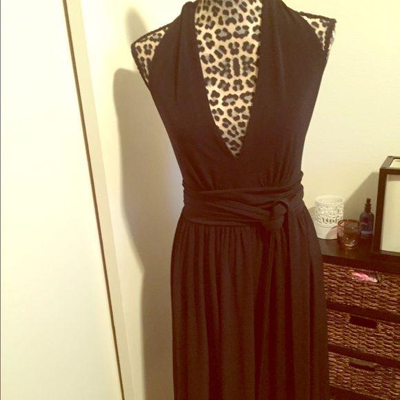 VS Moda international Super sexy little black halter dress....never worn Moda International Dresses Backless