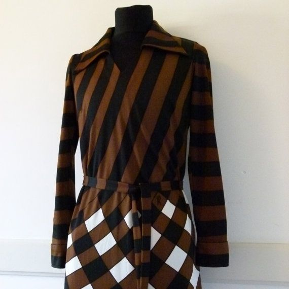 Roberta di Camerino 1970s Op Art print maxi dress. R logo on front. Highly collectible!