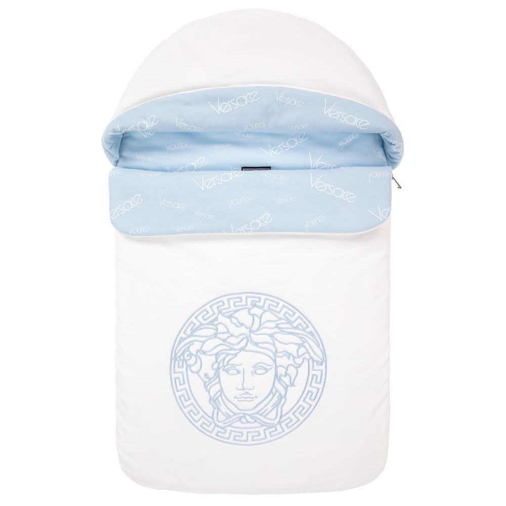 c51343de453f White baby nest by Young Versace