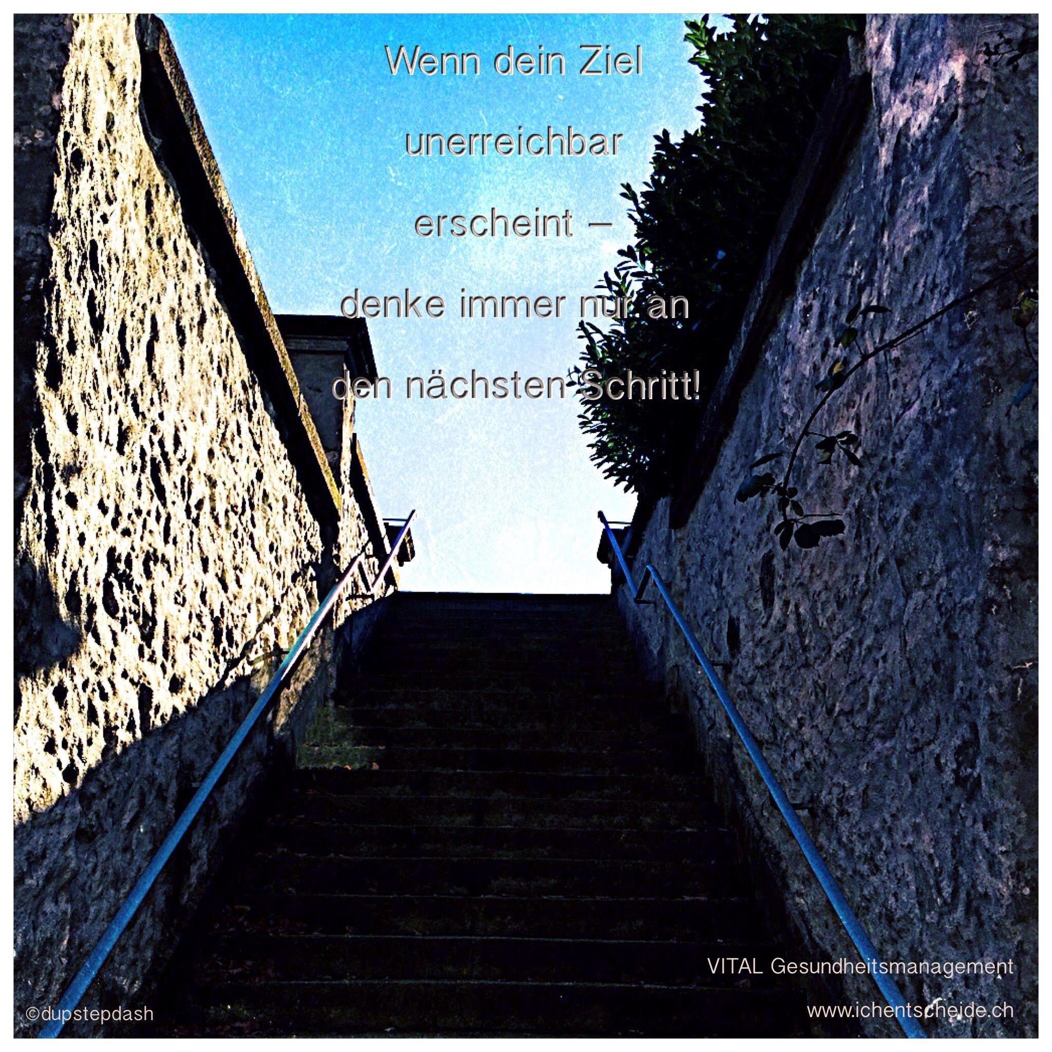 Ein steiler Weg vor dir?  Manchmal erscheint uns ein Vorhaben, ein Ziel - oder überhaupt das ganze Leben wie es gerade ist - voller Hindernisse und kaum zu meistern. Denk nicht zu weit nach Vorn. Du weisst, wohin du willst: jetzt geht es nur darum die Kräfte zu bündeln und sich nicht unnötig zu beschweren. Setz einfach nur einen Fuss vor den andern. Denk immer nur an den nächsten Schritt. Du wirst es schaffen! www.ichentscheide.ch https://www.facebook.com/ichentscheide/?ref=bookmarks