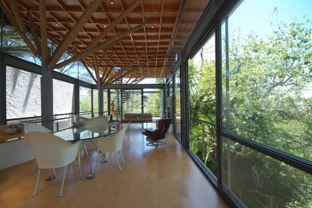 inside the cape town tree house in s africa home tree houses rh pinterest com