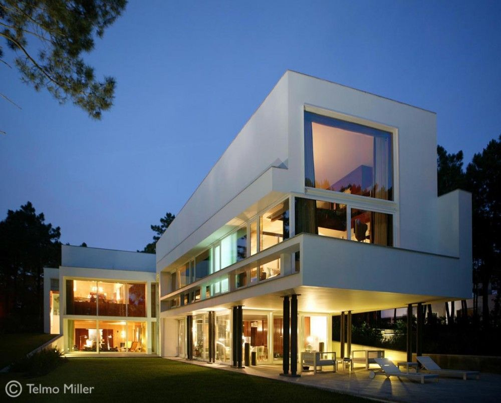 House II in Aroeira by ARX