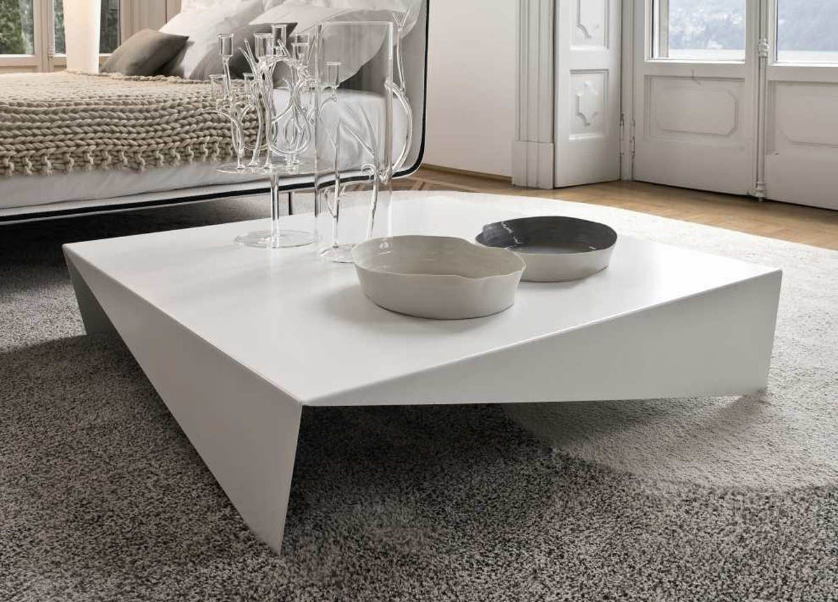 Tips To Opt For Large Coffee Table Which Look The Best Https Midcityeast Com Tips To Opt For Coffee Table Square Oversized Coffee Table Coffee Table Design [ 863 x 1200 Pixel ]