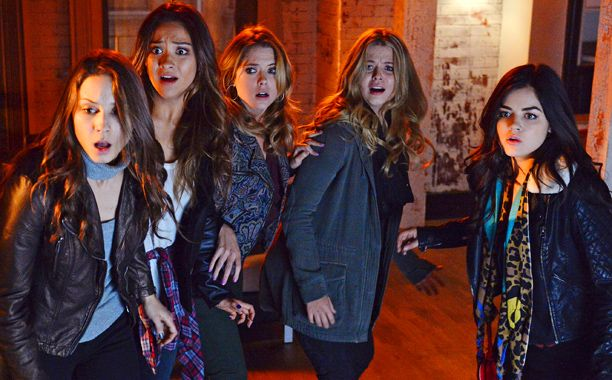 'Pretty Little Liars' boss teases 'emotionally exhausting' finale full of answers, 'many reveals … and one very shocking reveal' | EW.com