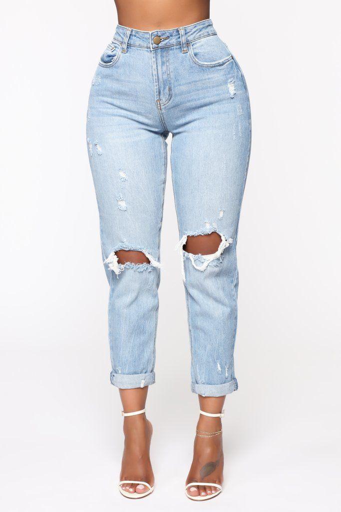 Keepin Me Stressed Boyfriend Jeans – Medium Blue Wash