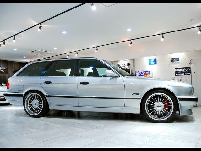 Saw An E34 Alpina Touring Yesterday Classic Cars Bmw Classic