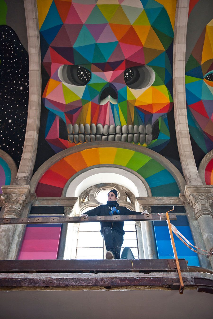 Take me to Church: Street Artist Covers Spanish \'Skate Temple\' with ...