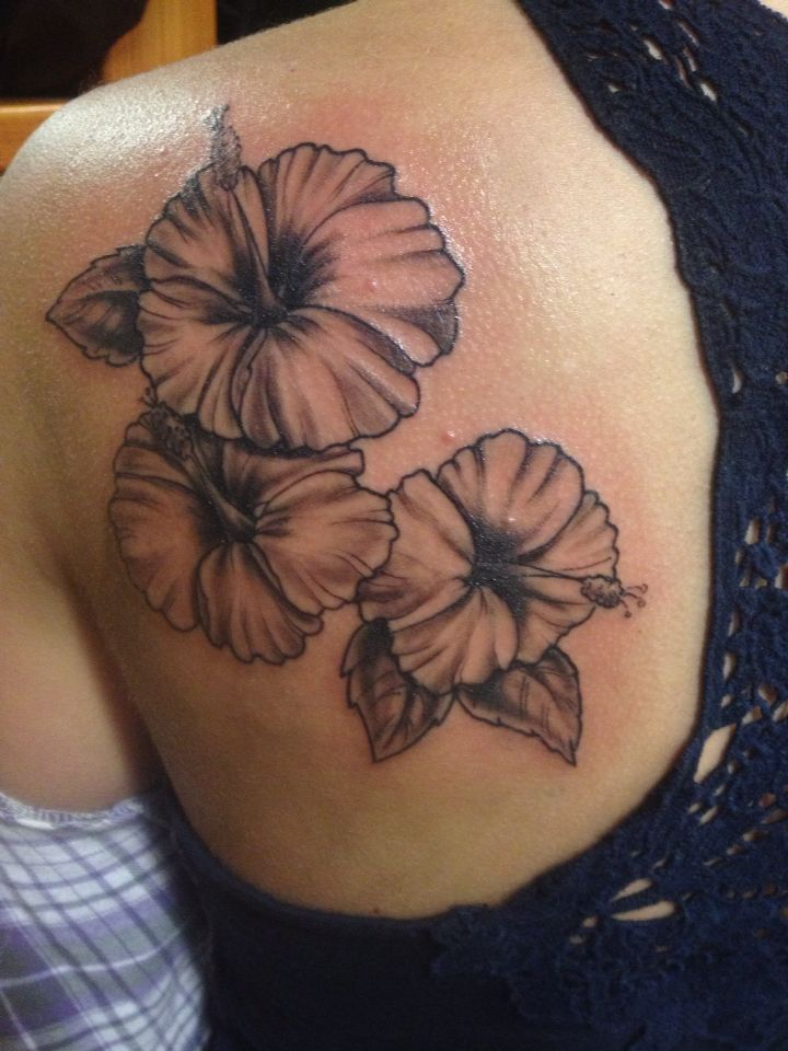 Hibiscus Flowers Black And Grey Tattoo Grey Tattoo Black And Grey Tattoos Flower Tattoo Shoulder