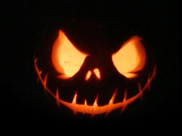 28 Best Cool Scary Halloween Pumpkin Carving Ideas