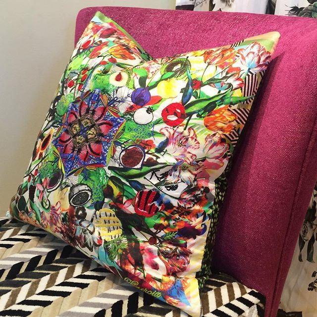 Lovely Lacroix @pacificdesigncenter @osborneandlittle LA showroom #lacroix #designersguild #spring #color #interiordesign