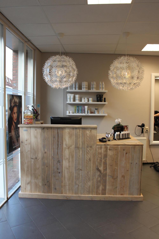 Salon salon de coiffure institut - Comptoir salon de coiffure ...