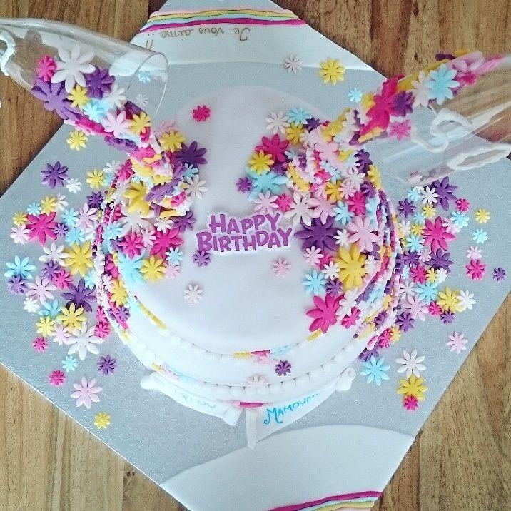 Le flower birthday cake dAlexandra Cakes Pinterest Flower