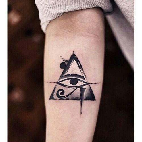 Pin De Wilant Cos En Ideas Ojo De Horus Tatuaje Tatuajes De Ojo