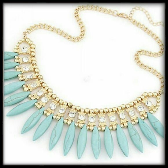 *FABULOUS CRYSTAL TURQUOISE STATEMENT NECKLACE Absolutely fabulous goldtone metal crystal stones with turquoise like beads statement necklace. Jewelry Necklaces