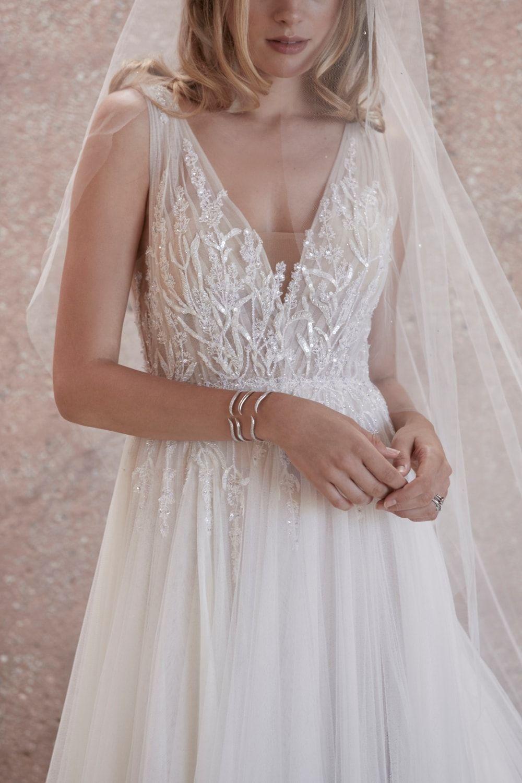 Beaded Bodice Watters Wedding Dress In 2020 Watters Wedding Dress Tea Length Bridesmaid Dresses Occasion Dresses Wedding