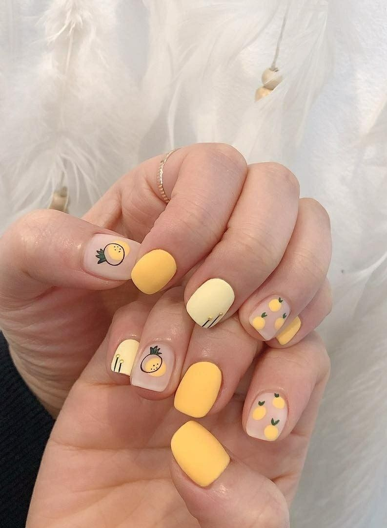 Short Cute Yellow Nails With Designs Nails That Cute And Easy To Work With Detskie Nogti Gelevye Nogti Dizajnerskie Nogti