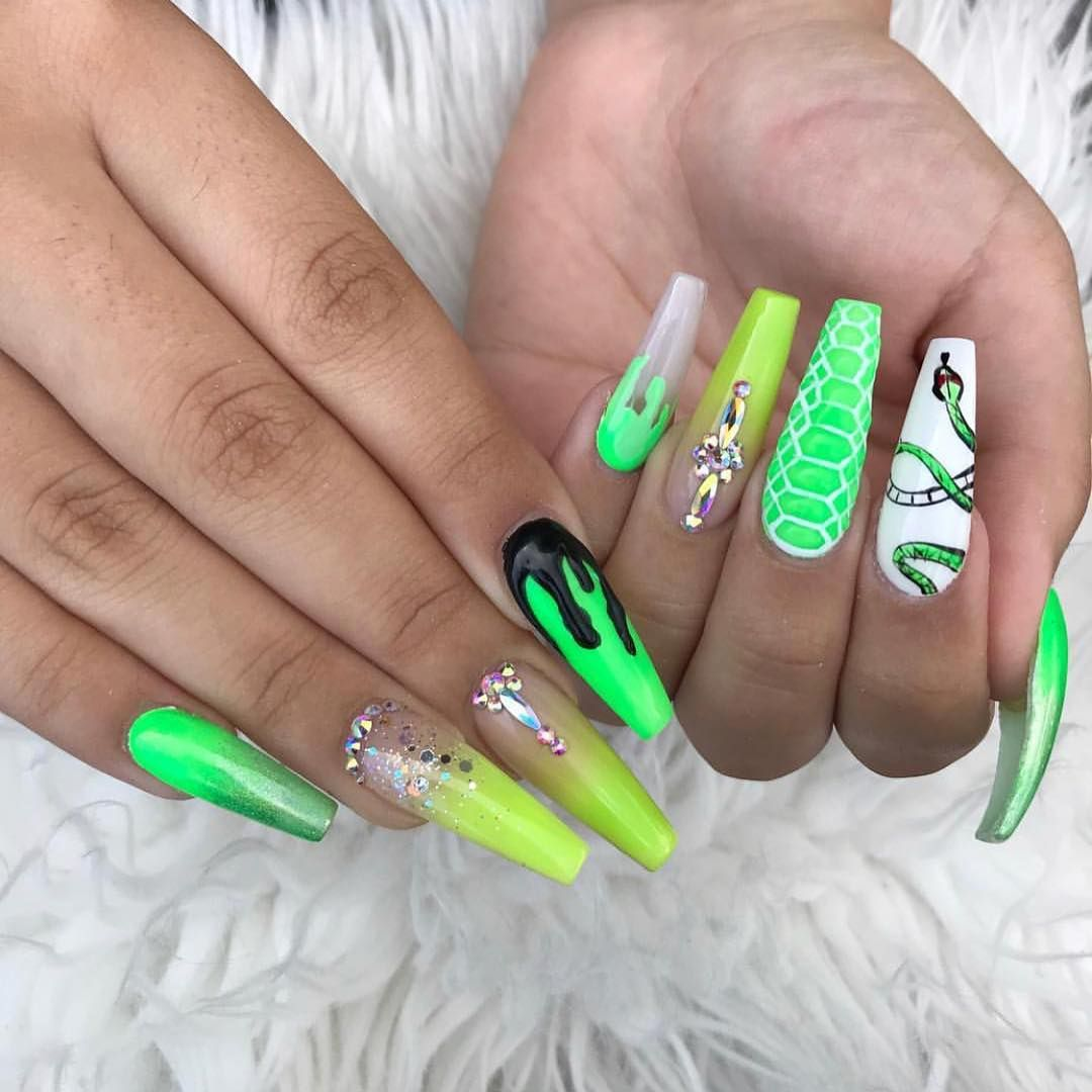 Amazing Gorgeous Nails Art Designs 2019 Green Acrylic Nails Green Nail Designs Pretty Acrylic Nails