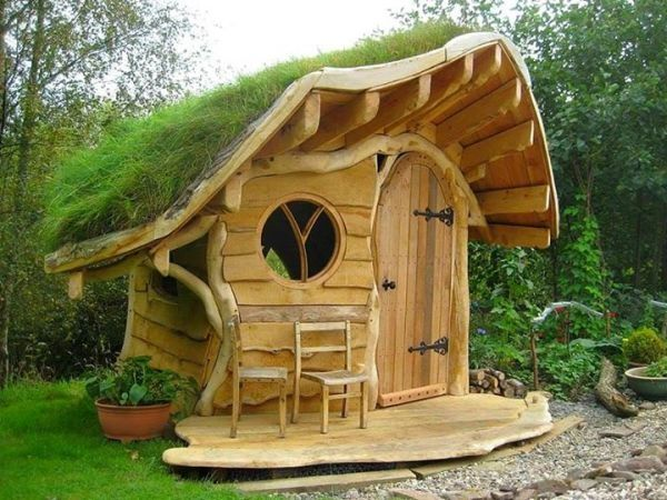 Who wants to have this Hobbit style turf roofed shed in the garden. by James O'Keefe.