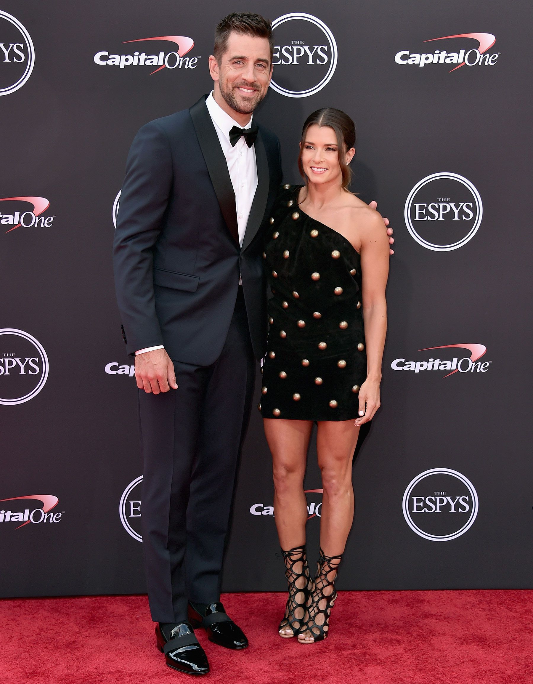 Love In The Fast Lane Danica Patrick Aaron Rodgers Make Their Red Carpet Debut At Espy Awards Aaron Rodgers Family Celebrity Couples Aaron Rodgers