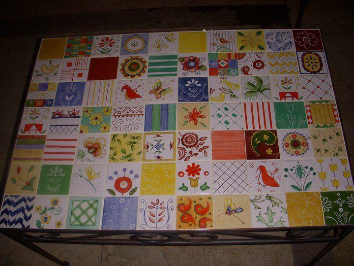 Mesa azulejos pintados decoracion pinterest azulejos - Mesas con azulejos ...