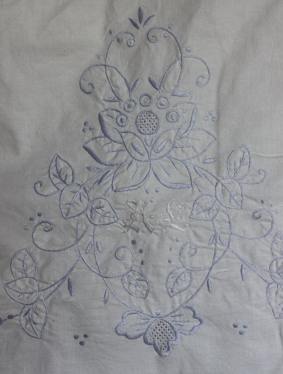 Cotton vintage top sheet with hand by ReDesignandReCycled on Etsy, kr200.00