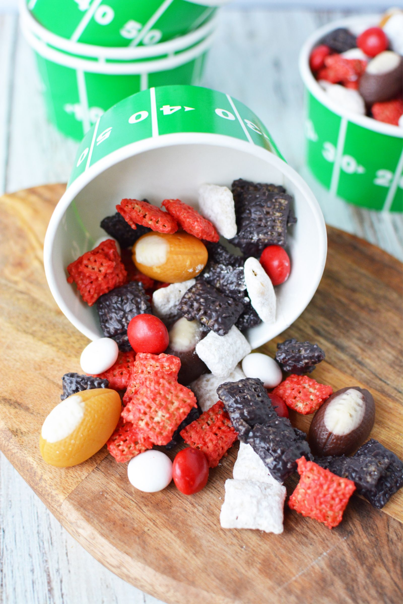Preparing For A Football Party Or Big Game Get Ready To Kick Off Your Football Party By Serving This Super Easy Atlanta Falcons Puppy Chow Mix Puppy Chow Mix