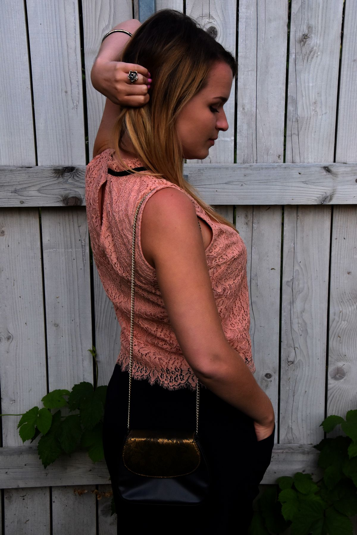 http://melicy.weebly.com/blog/festive-lace
