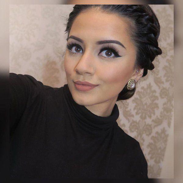 Kaushal Beauty Dramatic Wedding Makeup