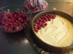 El delicioso pastel de pudín de frambuesa de Sina, una sabrosa receta de la categoría …