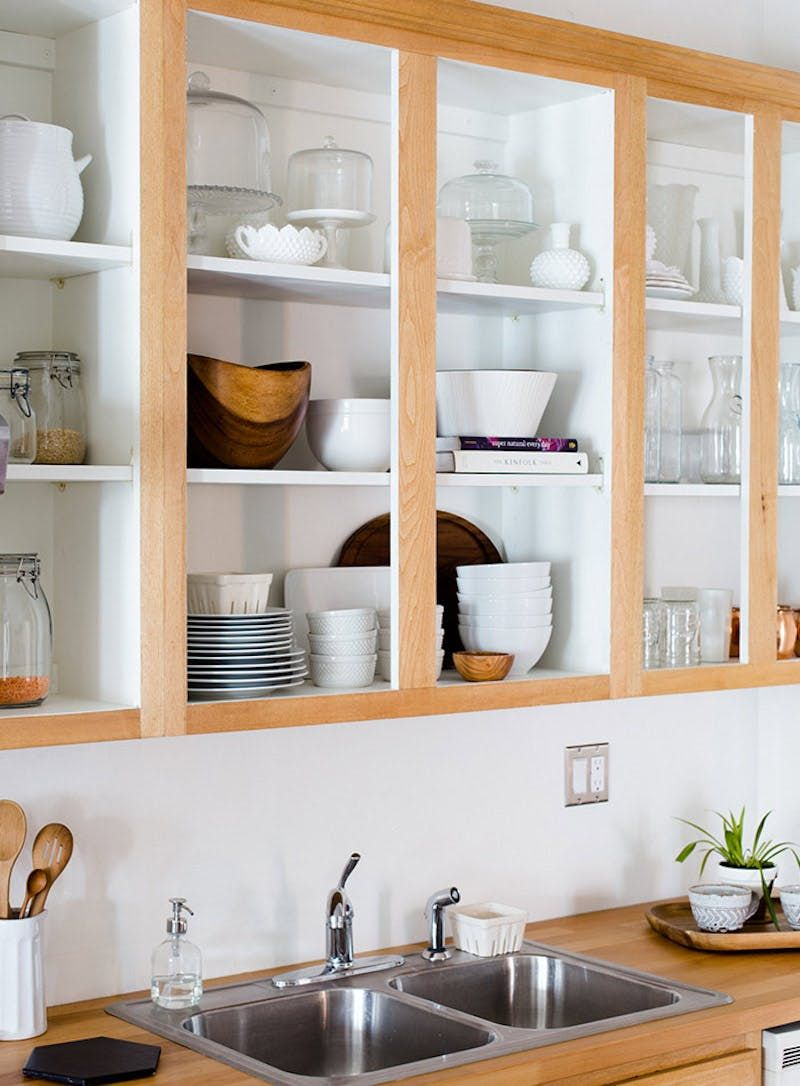 3 Things You Think Can T Be Fixed In Your Rental Kitchen But They Can New Kitchen Cabinets Rental Kitchen Kitchen Interior