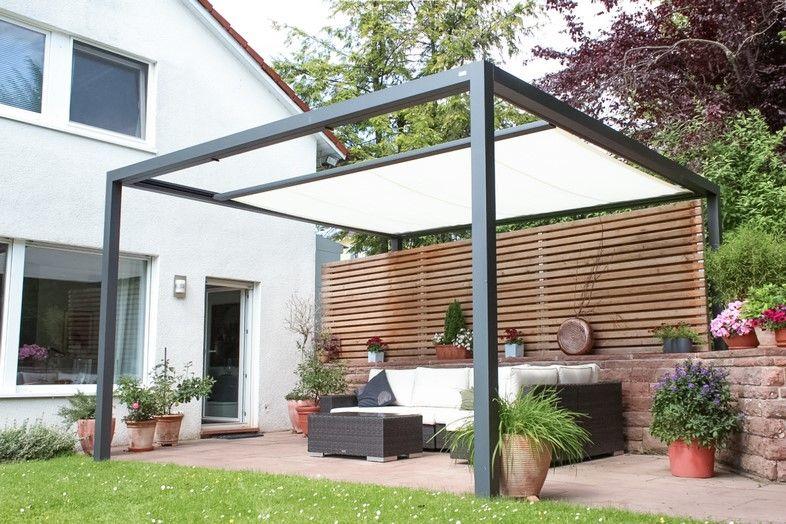 Für die Gartenlounge war ein großflächiger, freistehender - markisen fur balkon design ideen