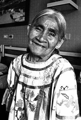 "Maria Sabina <3Curandera, ""hongos alucinogenos"" | Stuffed mushrooms, Sabina, American indigenous peoples"