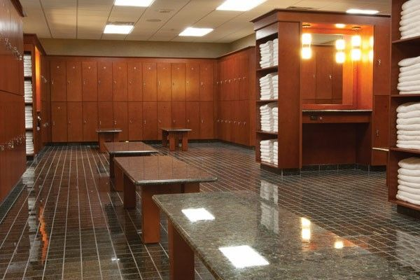 Lifetime Fitness Dallas Locker Room | Commercial Restrooms