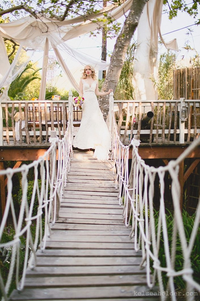 Southern Bell Themed Wedding, sycamores, tree house, Drapes, San Luis Obispo, Central Coast Weddings, zestitup.com