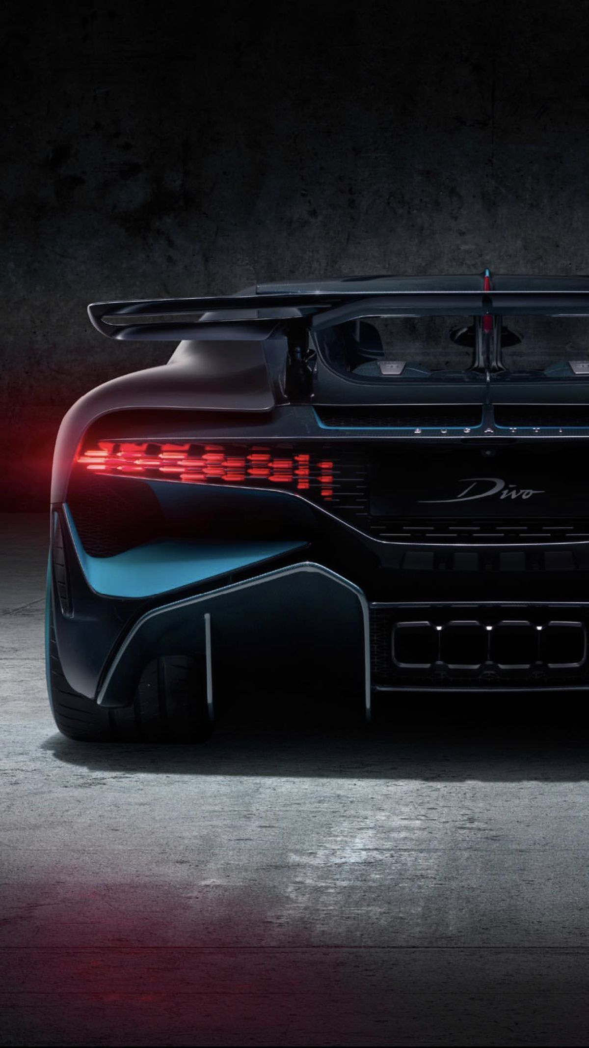 Bugatti Divo Rear View Sports Cars Luxury Fast Sports Cars Bugatti