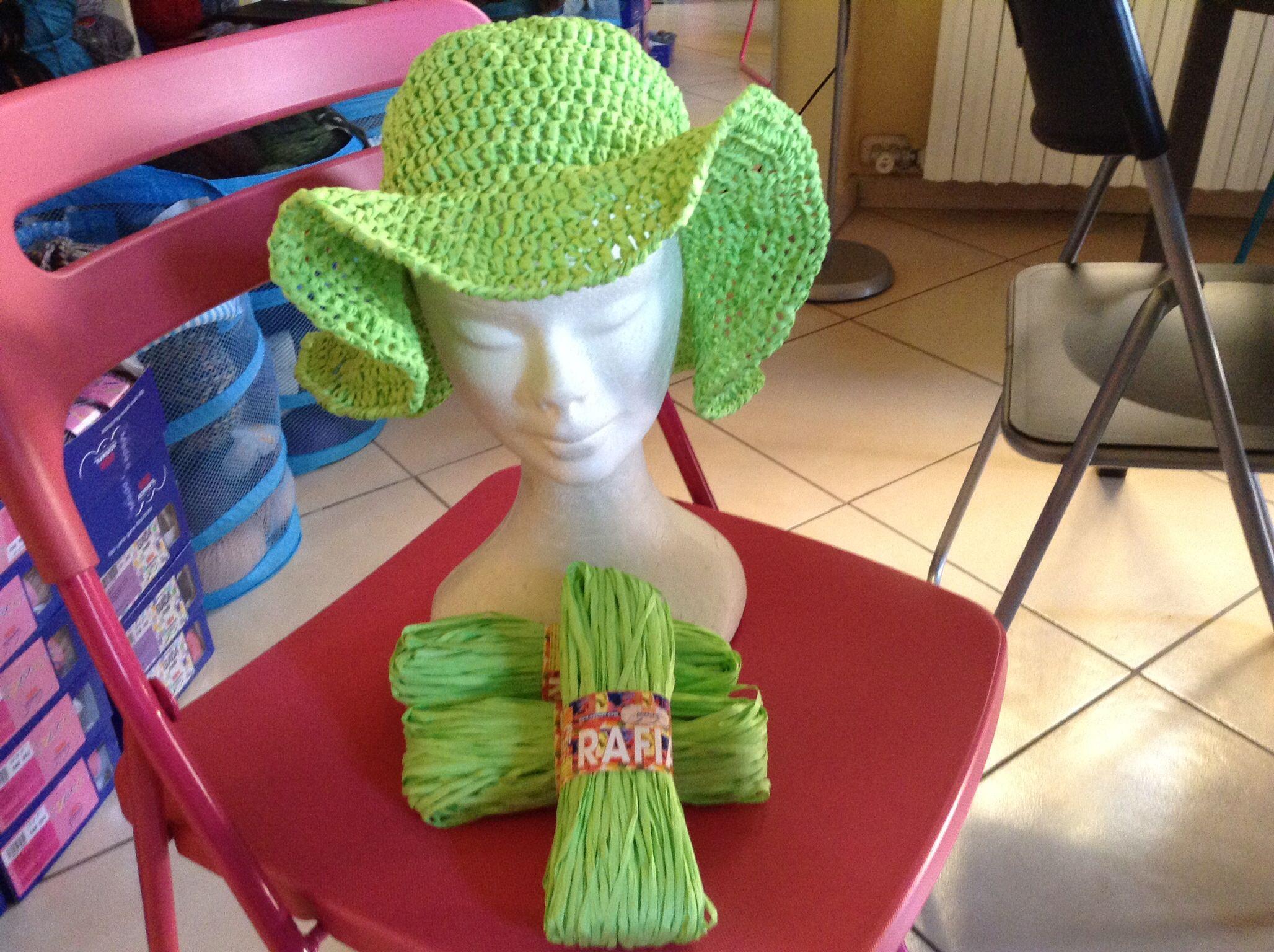 Cappello rafia 100% vegetale