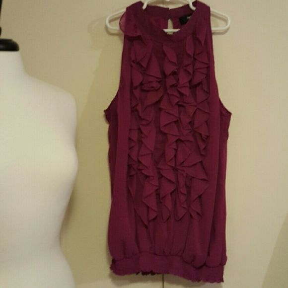 $9 closet sale! [B Wear] top Sleeveless ruffled front top in fuchsia color. Double button closure on back neck. 100% polyester. Mossimo Supply Co Tops Blouses