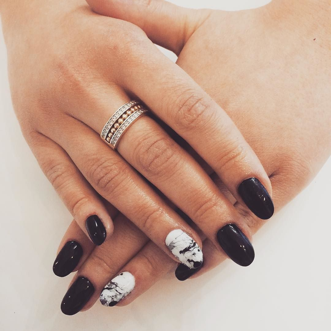 blackwhite #black #white #orly #orlyfx #longnailsdontcare ...