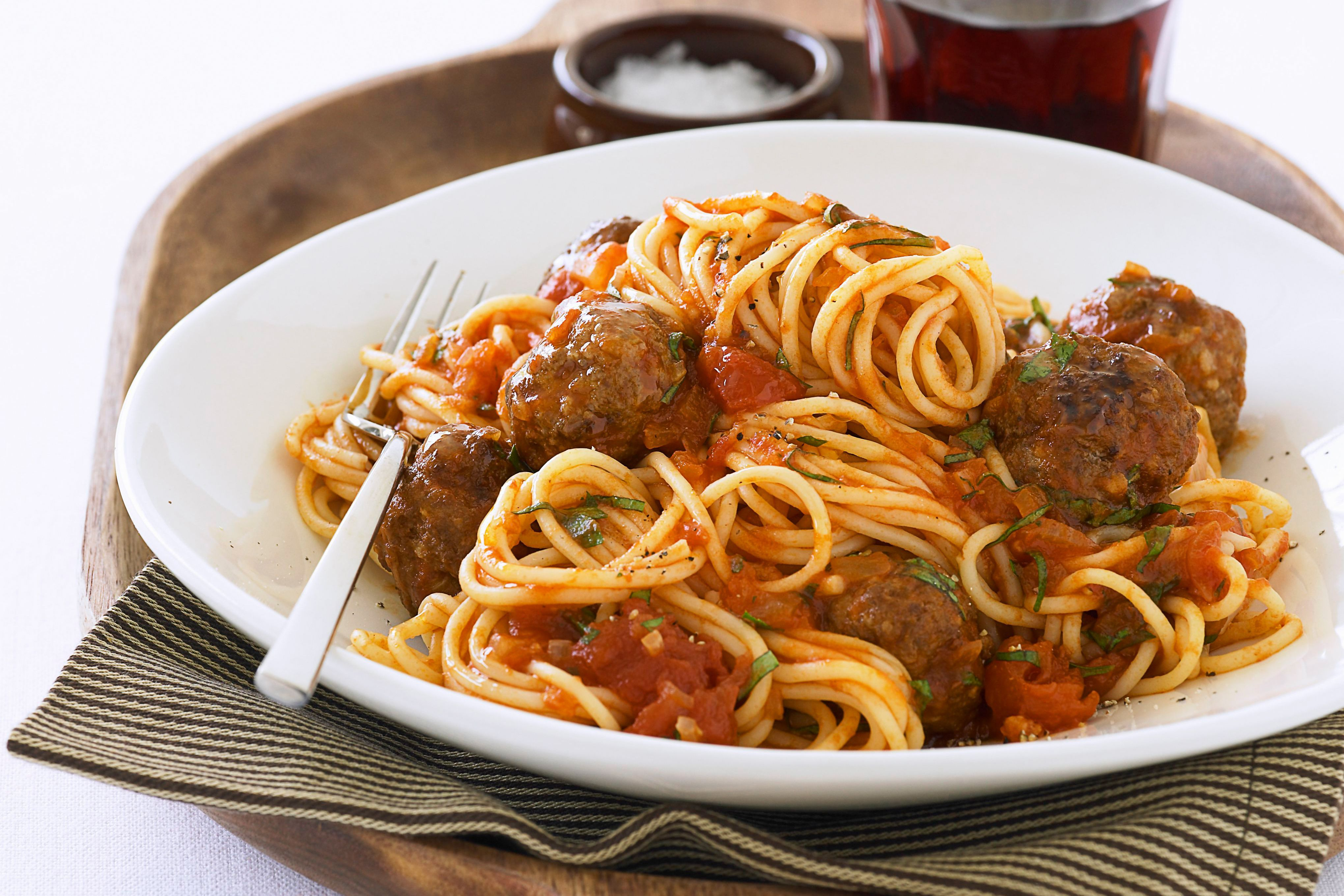 how to cook frozen meatballs in crockpot with spaghetti sauce