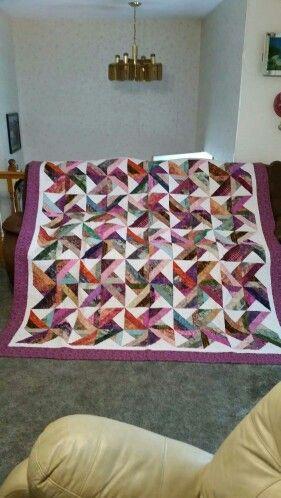 Tradewinds made with Northcott Bali pops, Parfait.   Wendy's ... : tradewinds quilt pattern free - Adamdwight.com